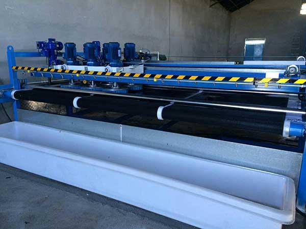 دستگاه تمام اتوماتیک شستشوی قالی محصول شرکت تکنو صنعت آرین