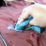 پاک کردن اسلایم از روی لباس