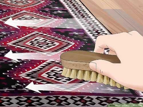 استفاده از فرچه و شامپو فرش